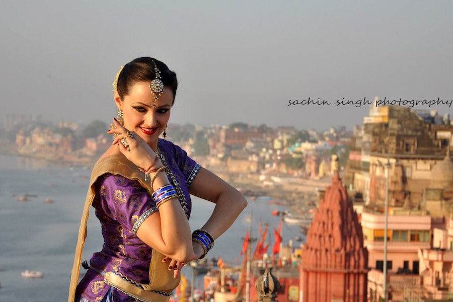 meera kathak dancer sunrise on ghats in varanasi classical dance